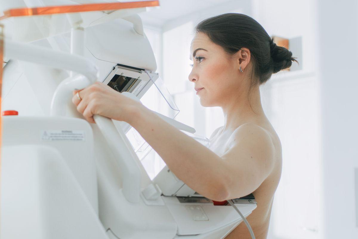 Donna Esame Mammografia