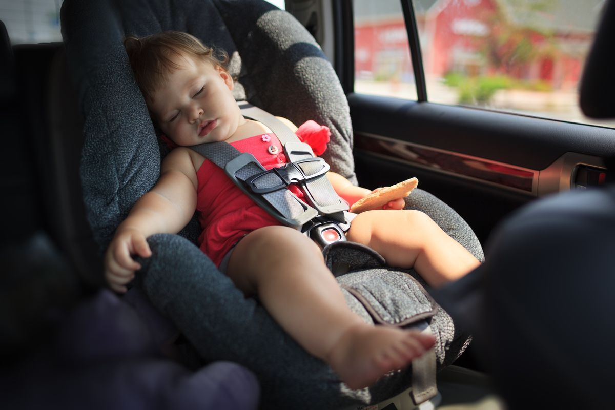 seggiolino bambino auto