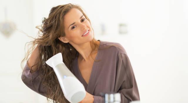 Come asciugare capelli crespi