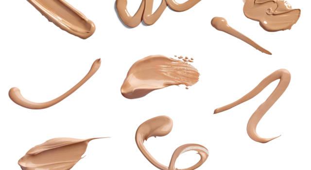 Come scegliere il fondotinta per pelle lucida