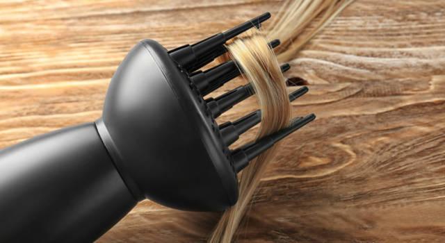 Come arricciare capelli con diffusore