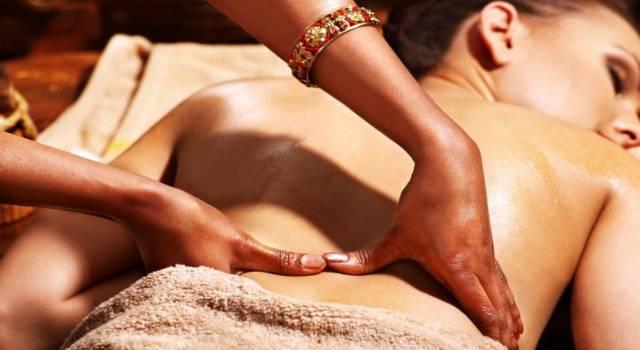 Benefici corpo massaggio thailandese centri benessere Milano