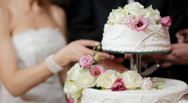 10 idee cake topper per torta nuziale