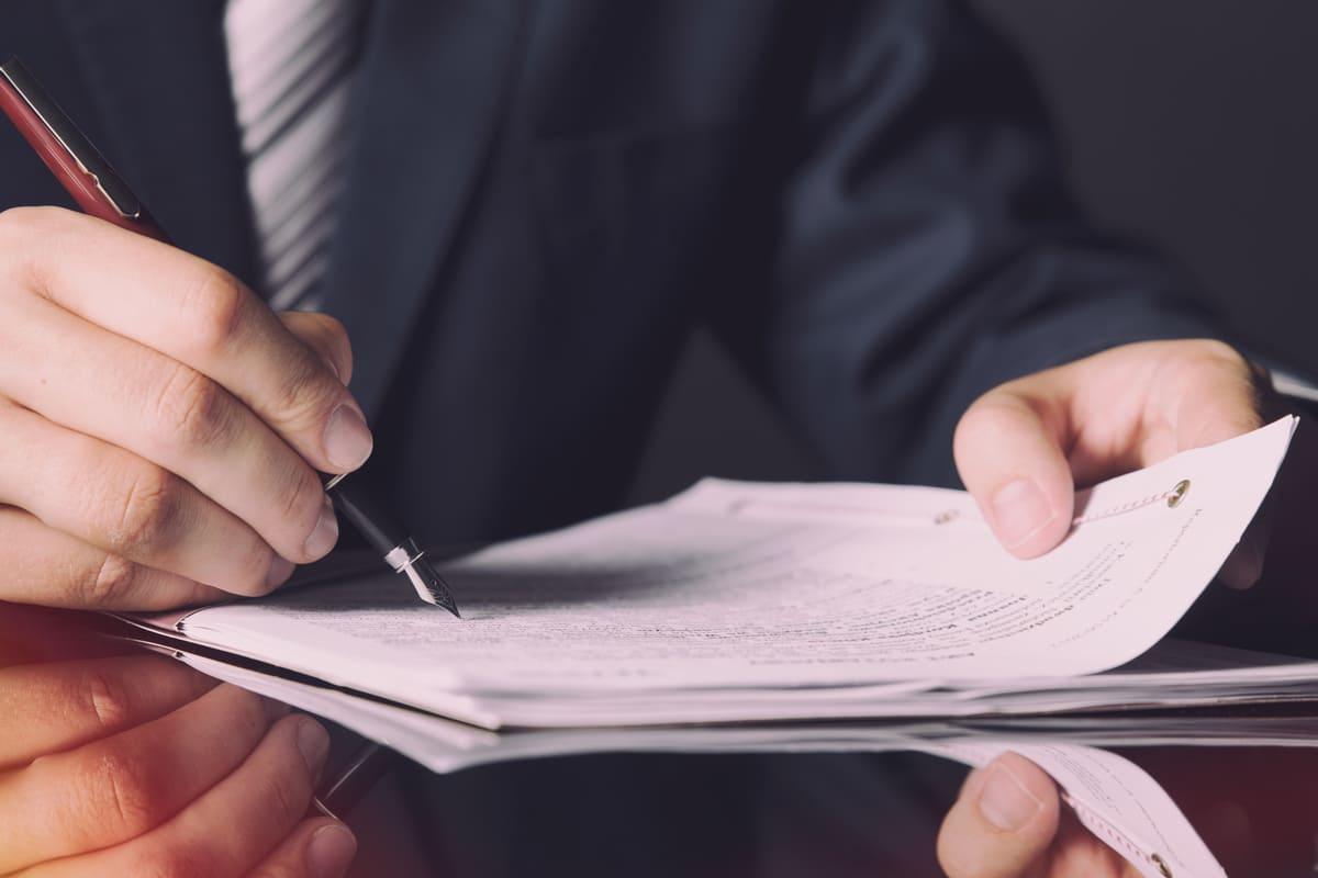 firmare documenti notaio contratto