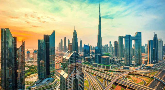 Come vestirsi in vacanza a settembre a Dubai