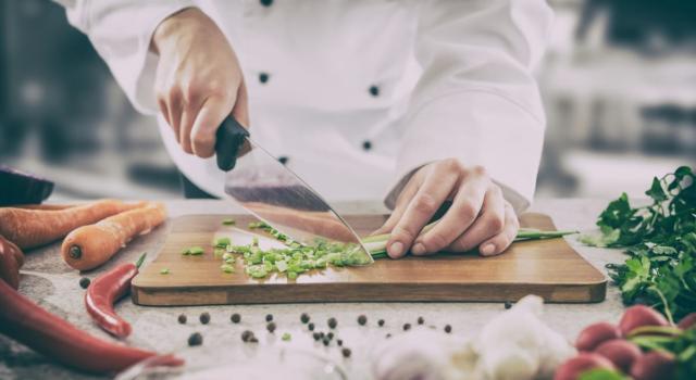 Come funziona cooking show Cena di mezzanotte