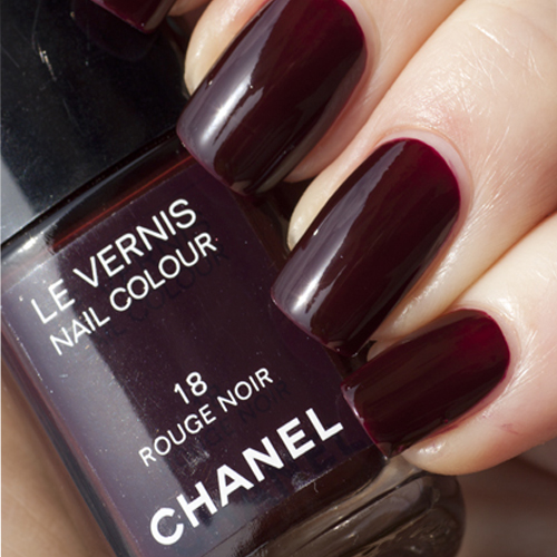 CHANEL Rouge Noir 18