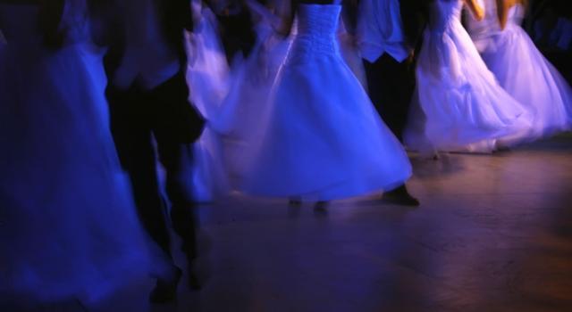 Quanto costa partecipare gran ballo delle debuttanti venaria reale