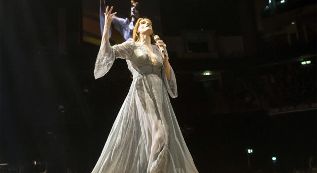 Come avere il look di Florence Welch