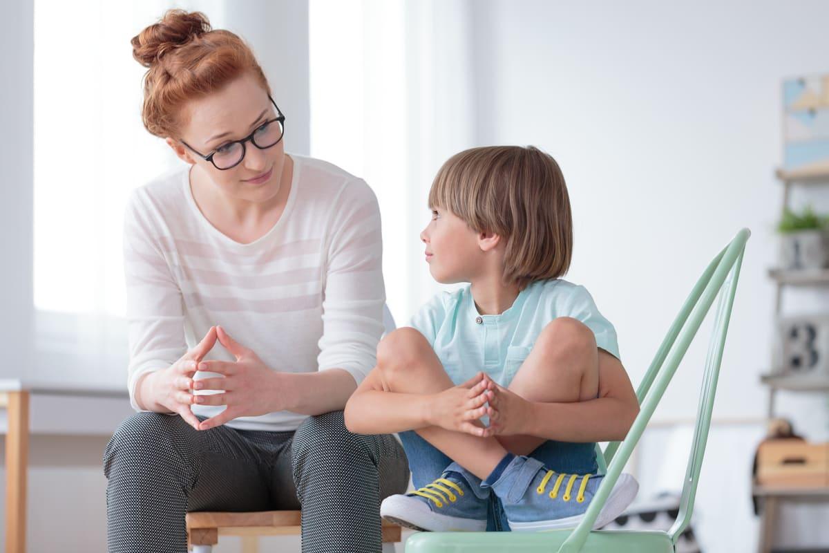 bambino parla psicologo