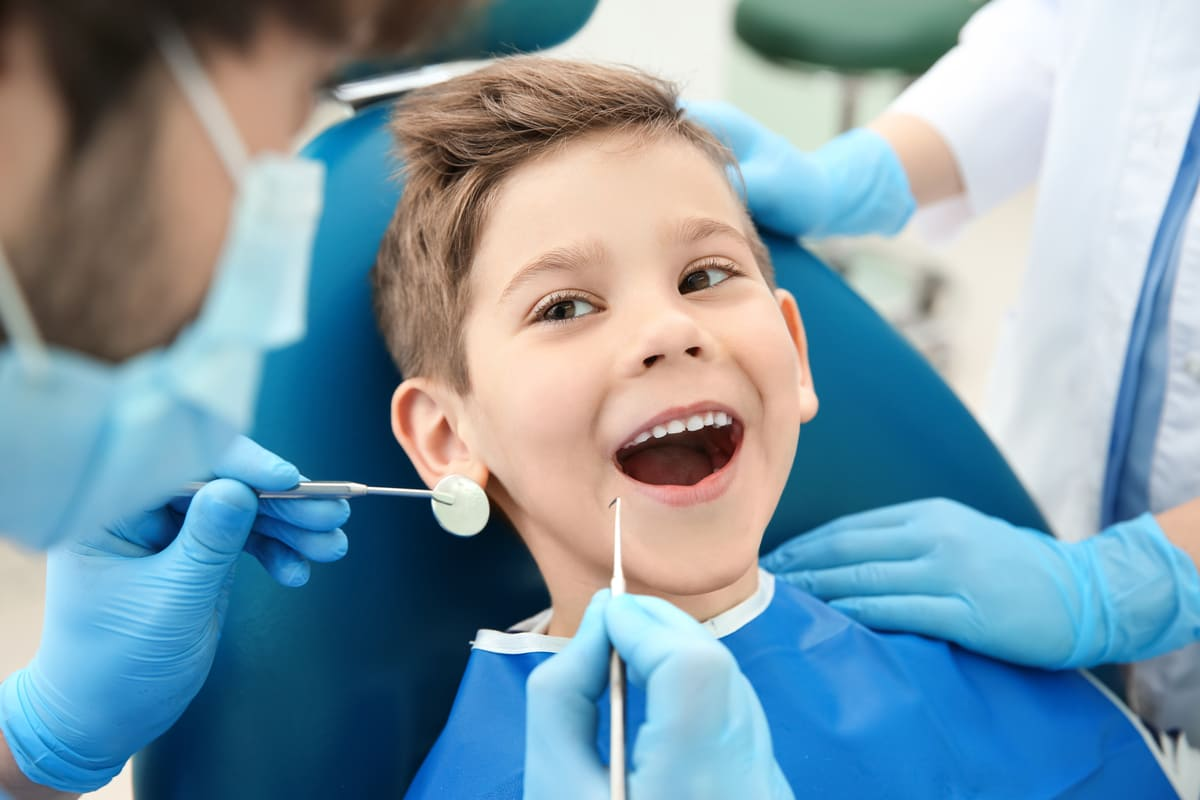 denti dentista bambino visita