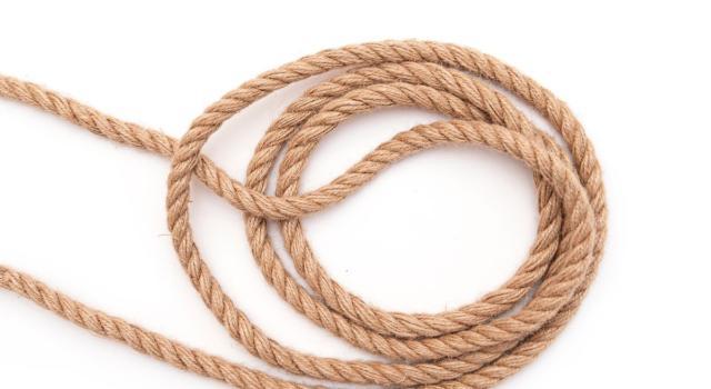 Come fare palline di corda per Natale