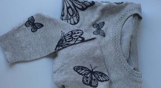 Come abbinare felpa con le farfalle
