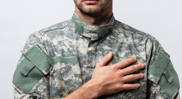 Come vestirsi per un giuramento militare
