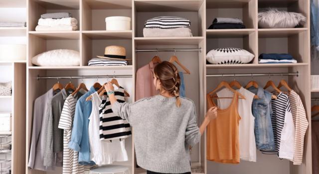 Come organizzare il guardaroba