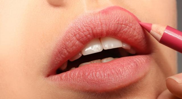 Come realizzare effetto sfocato sulle labbra