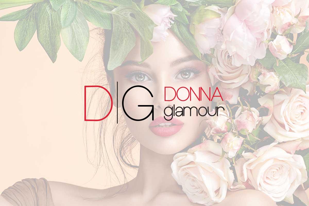 Manicure effetto foglia oro