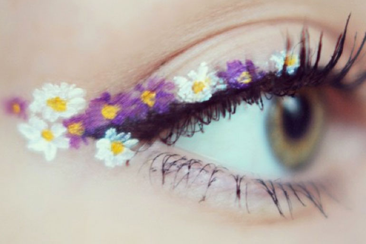 eyeliner a fiori