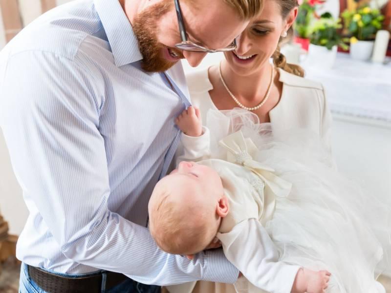 Tante idee per scegliere la frase per il battesimo da madrina e padrino
