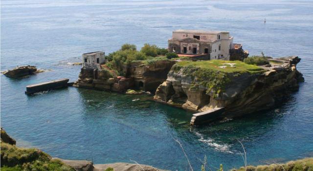 Aprile, un week end avventuroso a Napoli