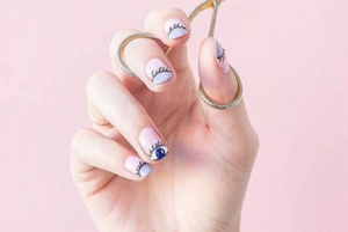 occhio nail art