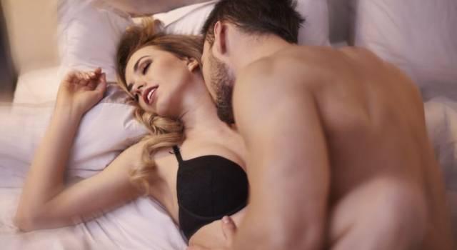 Sesso, come aiutare una donna a raggiungere l'orgasmo