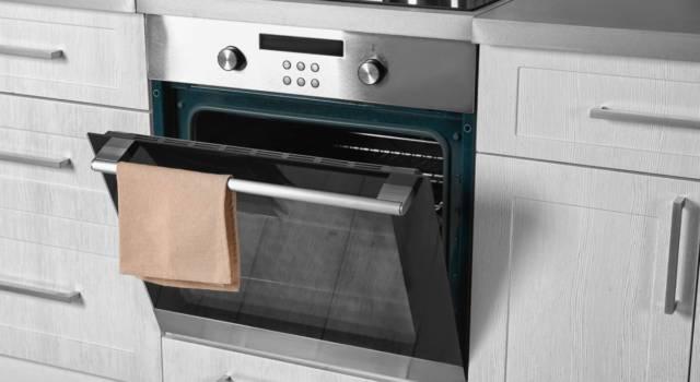Come pulire vetro ingiallito del forno