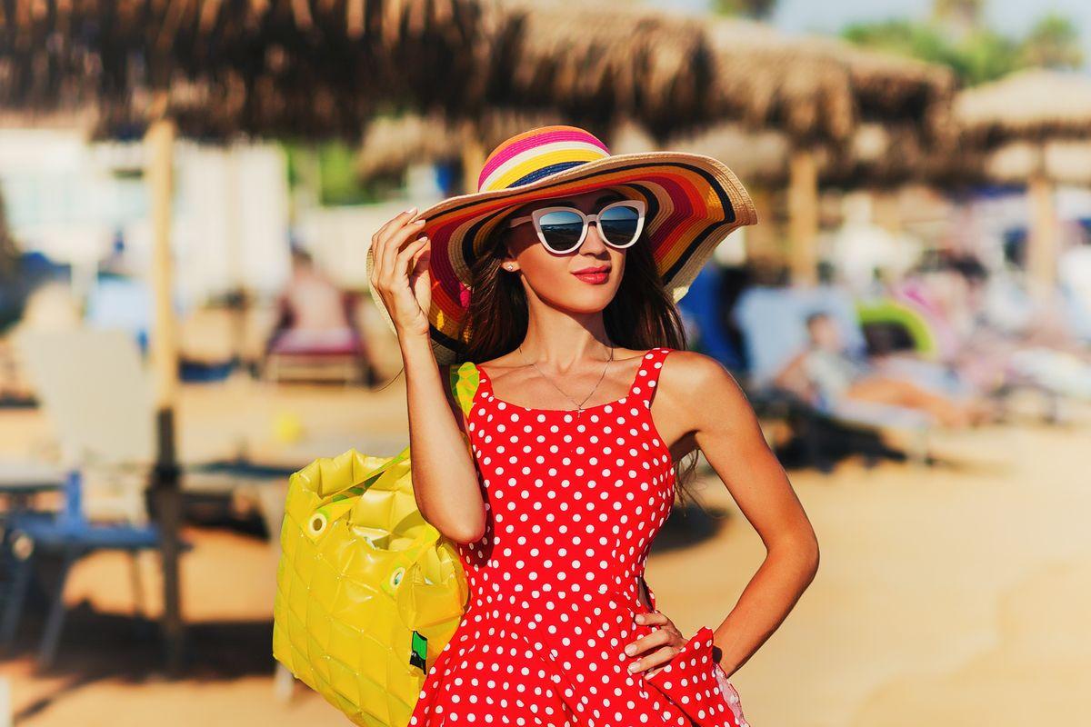 Cappello di paglia colorato