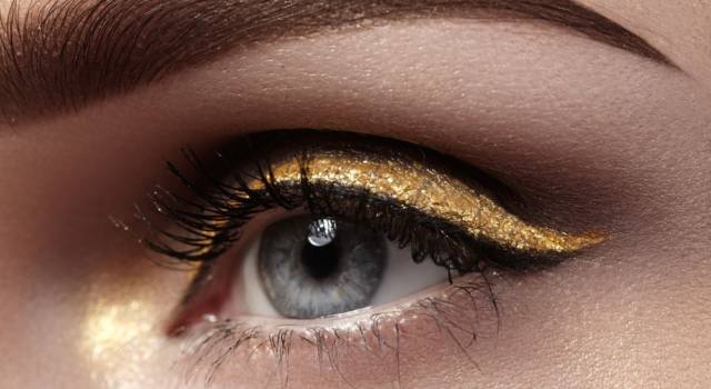 Eyeliner colorati per occhi azzurri