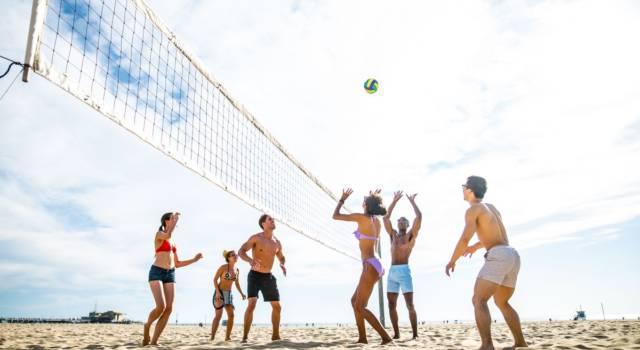 Gli sport da spiaggia per divertirsi in compagnia