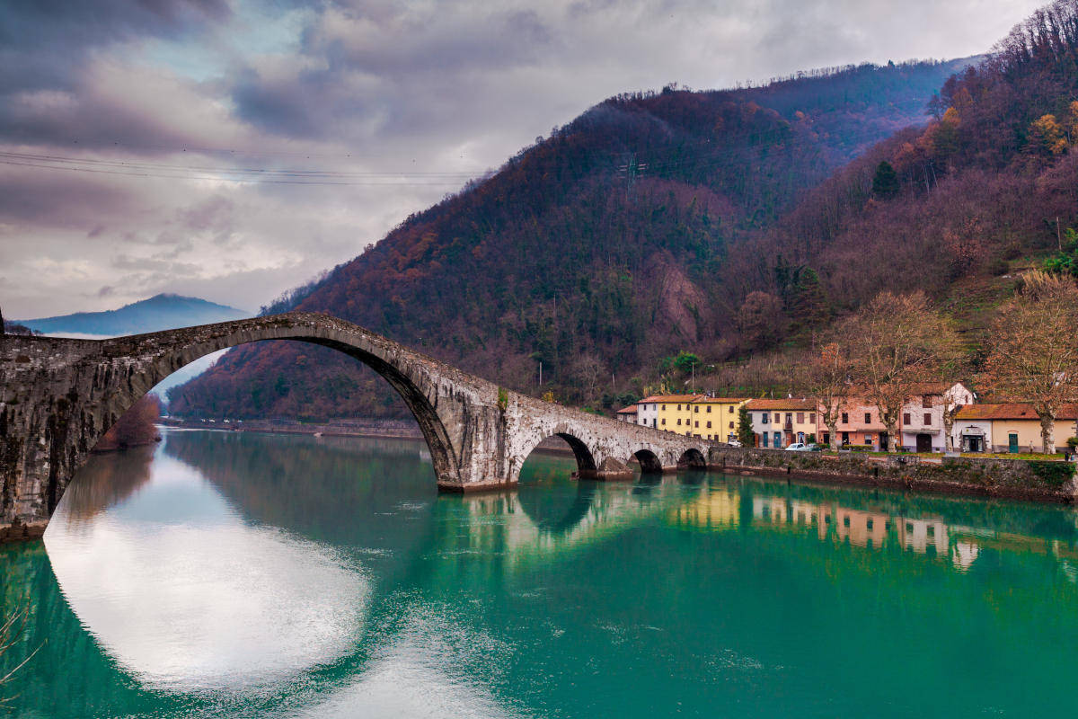 Lucca, ponte del diavolo