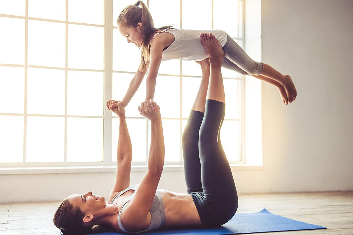 Posizioni Yoga Mamma Figlia