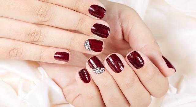 I prodotti per il crystal nail art