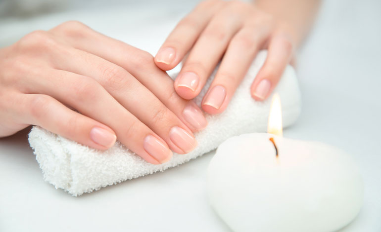 UNGHIE NAIL MANICURE BENESSERE BEAUTY