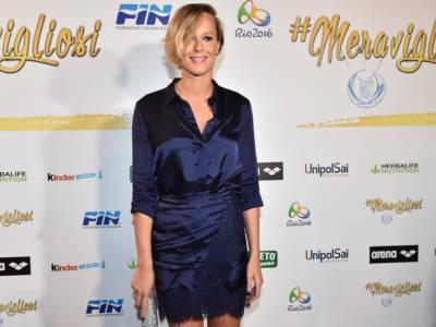 Federica Pellegrini vince l'oro e abbraccia Magnini: è di nuovo amore?
