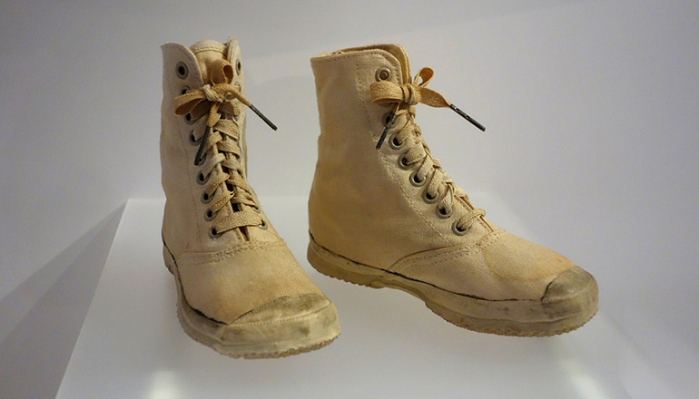 Sneakerboots: come indossarli nella quotidianità