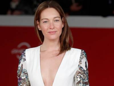 Cristiana Capotondi, fuori di… seno al Festival del Cinema di Venezia