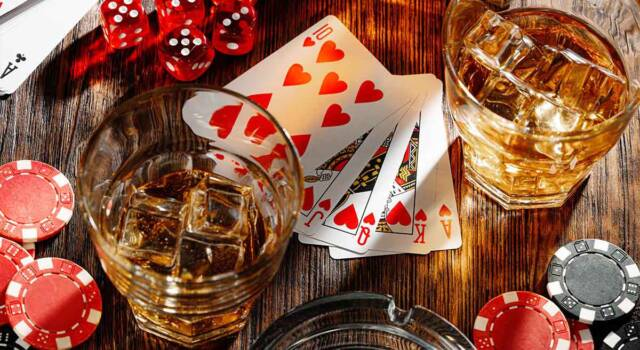 Giochi alcolici con le carte