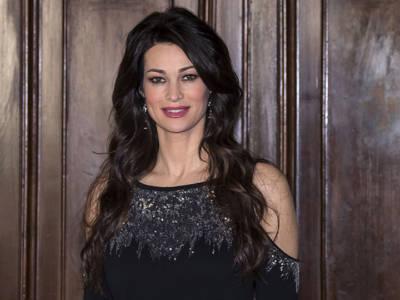 Manuela Arcuri non rifarebbe un calendario sexy, ecco per quale ragione
