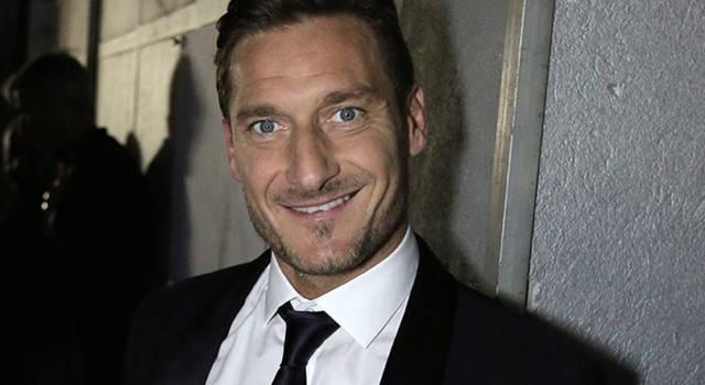 Francesco Totti si ritira o no? Maurizio Costanzo commenta…