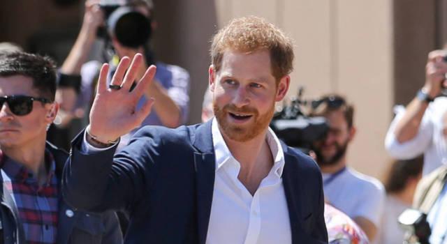 """Il principe Harry ha incontrato la Regina Elisabetta """"almeno due volte"""": le indiscrezioni da Buckingham Palace"""