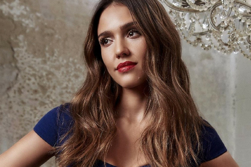 Jessica Alba capelli golden brown