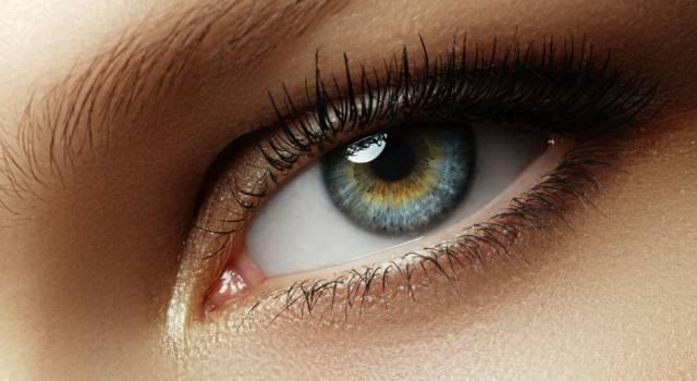 Trucco per coprire occhi sporgenti