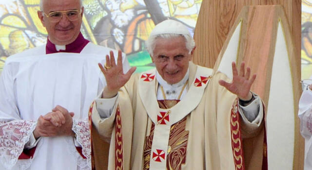 La Pasqua 2017 cade il 16 Aprile, nel giorno del compleanno di Benedetto XVI