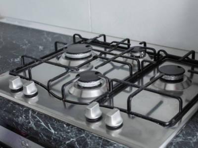 Come pulire i fornelli? Con questi consigli saranno tutti invidiosi della brillantezza!