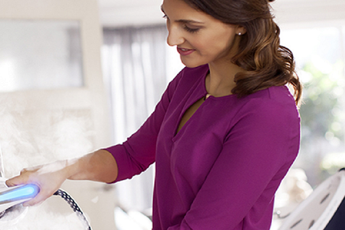 Fashion tips: come stirare alla perfezione paillettes e stampe con il vapore