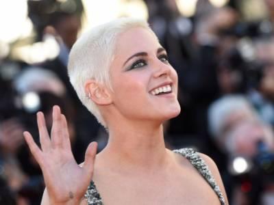Da Kristen Stewart a Julia Roberts: 8 dive contro la chirurgia estetica