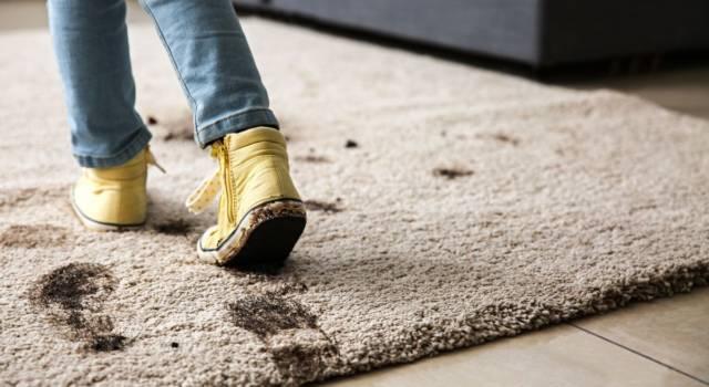 Macchie di fango: come eliminarle in modo definitivo dai tessuti