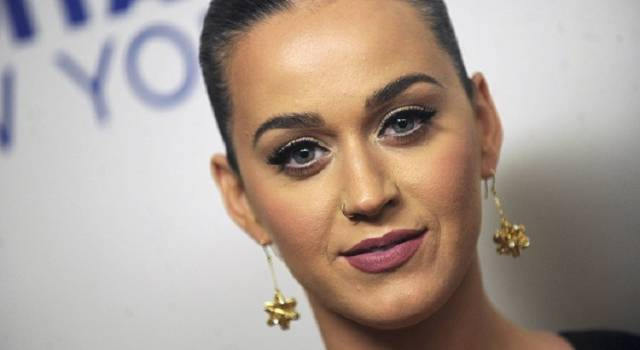 6 curiosità su Katy Perry: dalla lite con Taylor Swift alla liaison con Orlando Bloom!