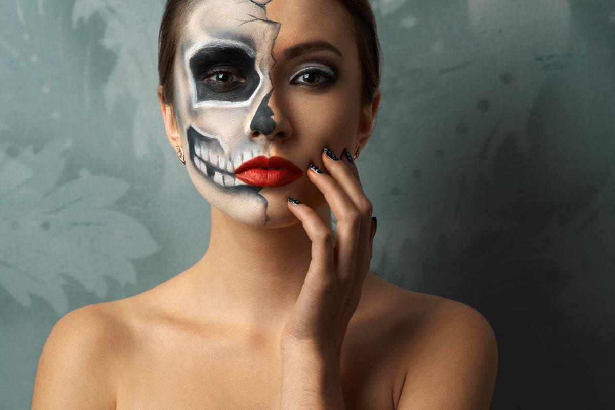 Trucco per Halloween da scheletro